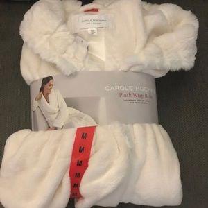 Carole Hochman robe